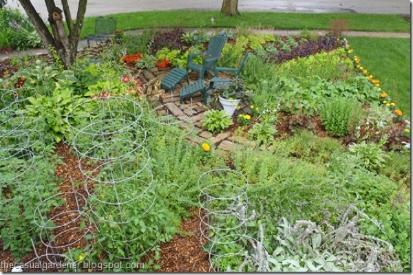 Planting a sustainable front lawn veggie garden good for Sustainable garden design