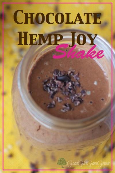 Chocolate Hemp Joy Shake GoodGirlGoneGreen.com #paleo #vegan #smoothie #hemp