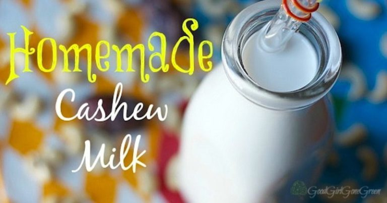 Homemade Cashew Milk #paleo #vegan / GoodGirlGoneGreen.com