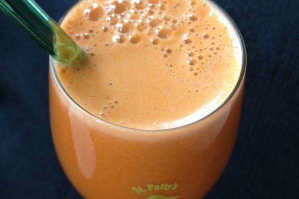 St-Patrick's Day orange juice
